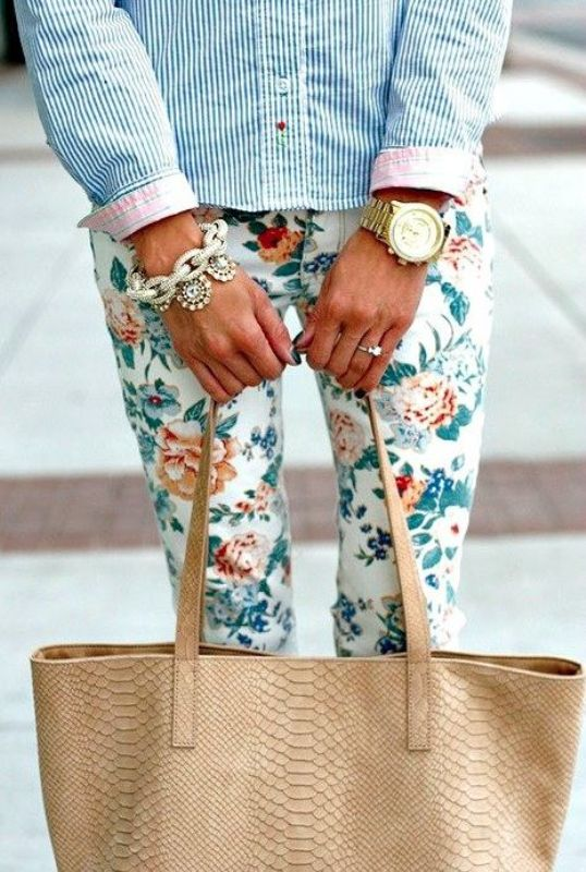 Picture Of Fashionable And Style Floral Print In Clothes 19