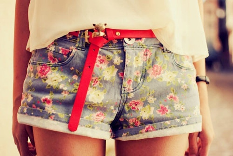 Picture Of Fashionable And Style Floral Print In Clothes 20