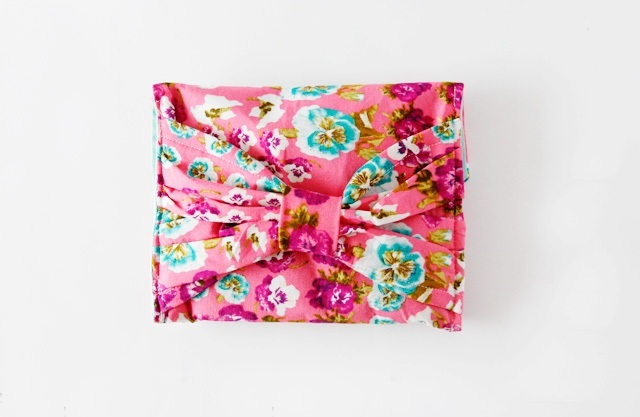Picture Of Floral DIY Bow Pouch 2