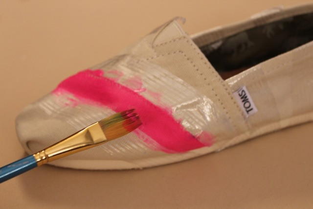 Picture Of Funny DIY Neon Stripe Shoes 4