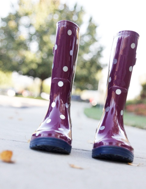 Funny DIY Polka Dot Wellies For Rainy Days