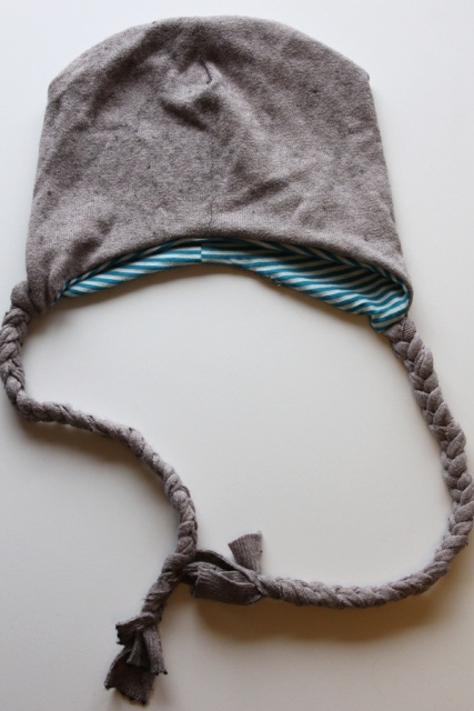 Picture Of Funny DIY Snowy Day Hat 10