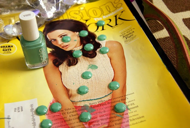 Picture Of Funny DIY Studded Sandals For This Summer 3