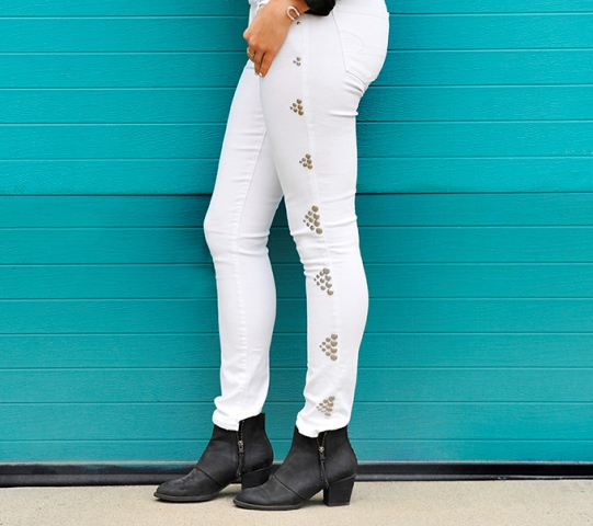 Picture Of Gentle And Rock'N'Roll DIY Triangle Studded Jeans 3