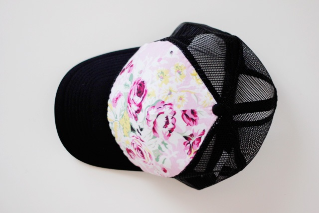 Picture Of Girlish DIY Floral Trucker Hat 8