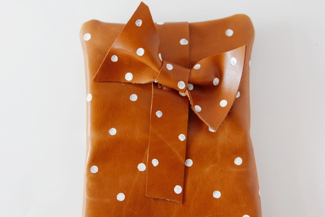 Picture Of Girlish DIY Polka Dot Leather Clutch 2