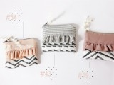 Girlish DIY Ruffle Zipper Pouch  3