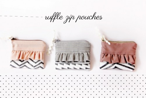 Girlish DIY Ruffle Zipper Pouch