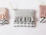 Girlish DIY Ruffle Zipper Pouch  6