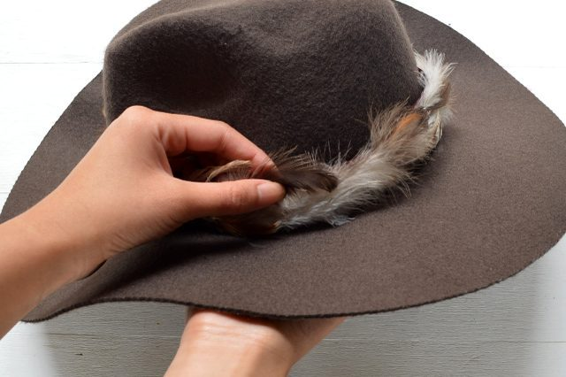 Picture Of Gorgeous DIY Feather Trimmed Floppy Hat 9