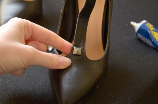 Picture Of Gorgeous DIY Studded Heels 4