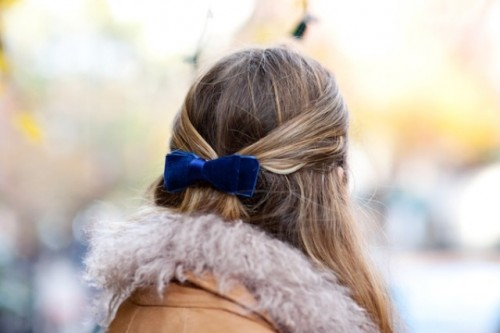 Gorgeous DIY Velvet Hair Bow
