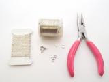 Minimalist DIY Chevron Wire Necklace2