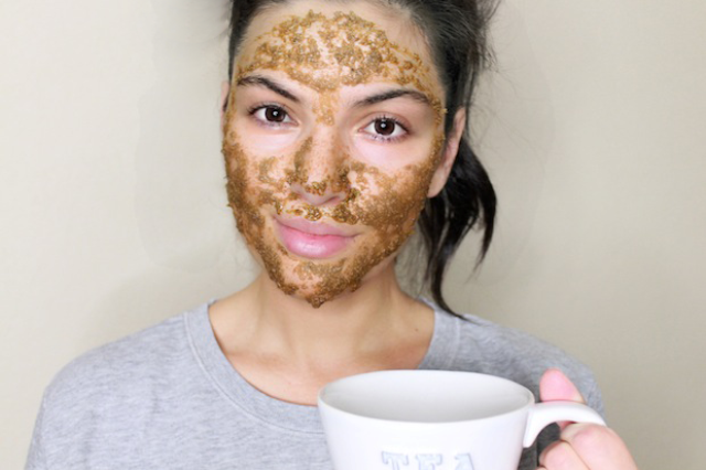 Picture Of Natural DIY Soothing Chamomile Face Mask 4