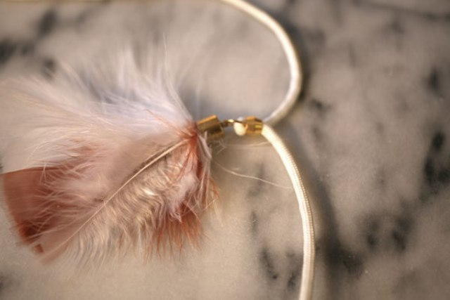 Picture Of Original DIY Feather Necklace 6