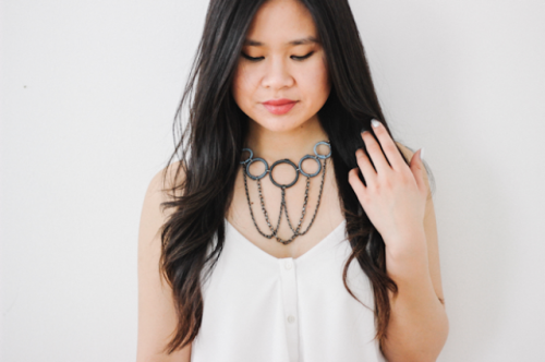 DIY Thread-Wrapped Bib Necklace With Key Rings