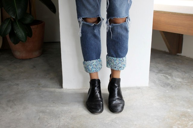 Picture Of Pretty DIY Turn Up Jeans 6