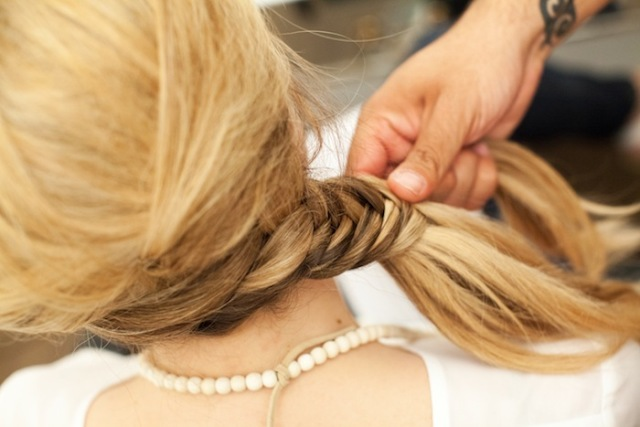 Picture Of Romantic DIY Fishtail Braid For Summer 12