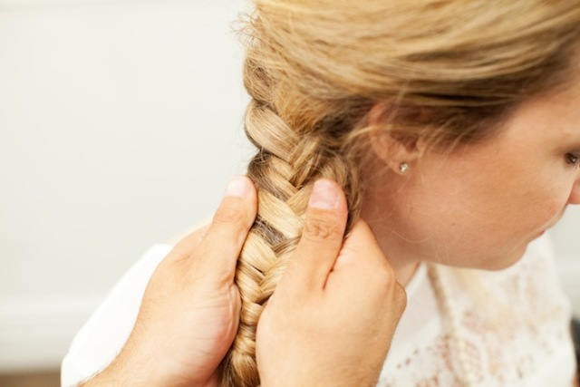 Picture Of Romantic DIY Fishtail Braid For Summer 14