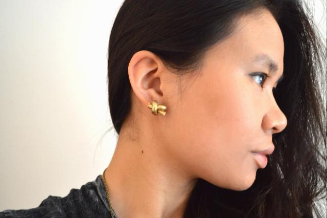 Picture Of Simple DIY Metallic Knot Stud Earrings 7