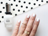 Simple DIY Polka Dots Nail Art3