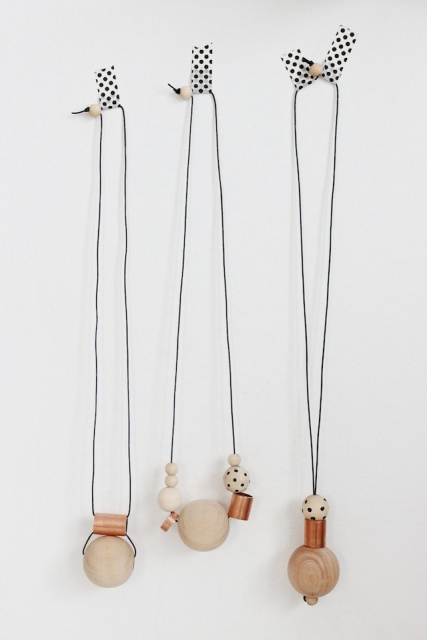 Simple DIY Wood And Copper Necklaces