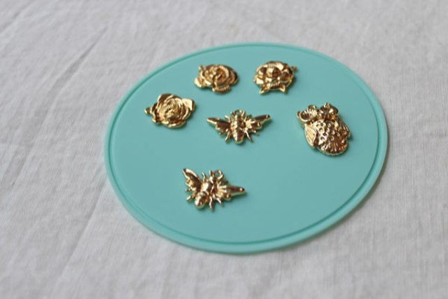 Picture Of Spring DIY Enamel Charm Bracelet 4