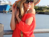 Stylish And Romantic Looks With Wide Brim Hat 1