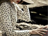 Stylish And Romantic Looks With Wide Brim Hat 4