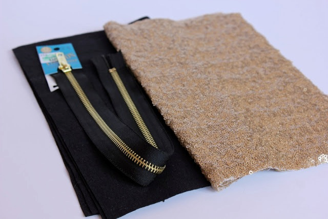 Picture Of Stylish DIY Lined Sequin Clutch With Zipper 3