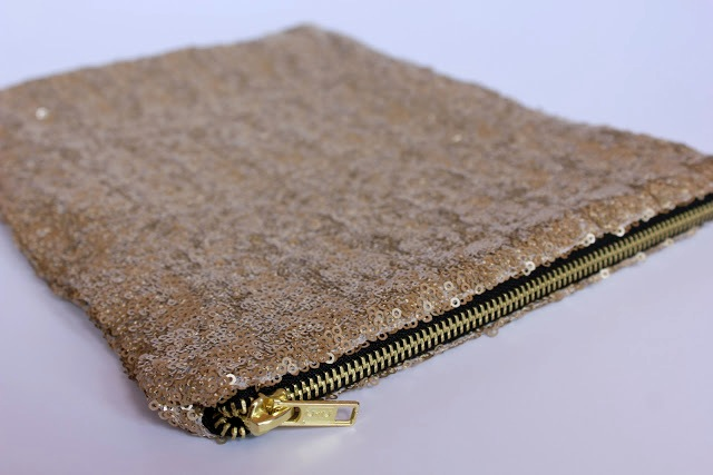 Picture Of Stylish DIY Lined Sequin Clutch With Zipper 9