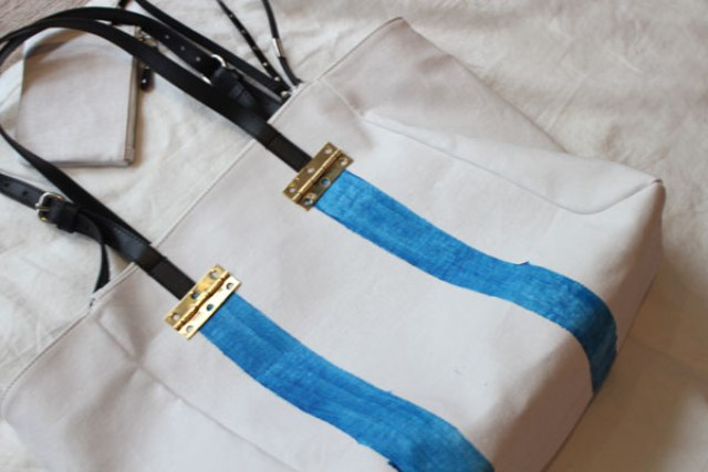 Picture Of Stylish DIY Striped Tote Bag 7