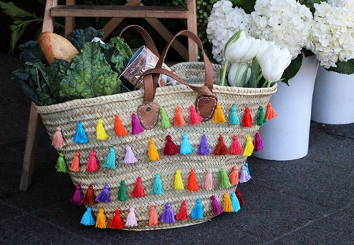 Summer DIY Tassel Tote For Picnics