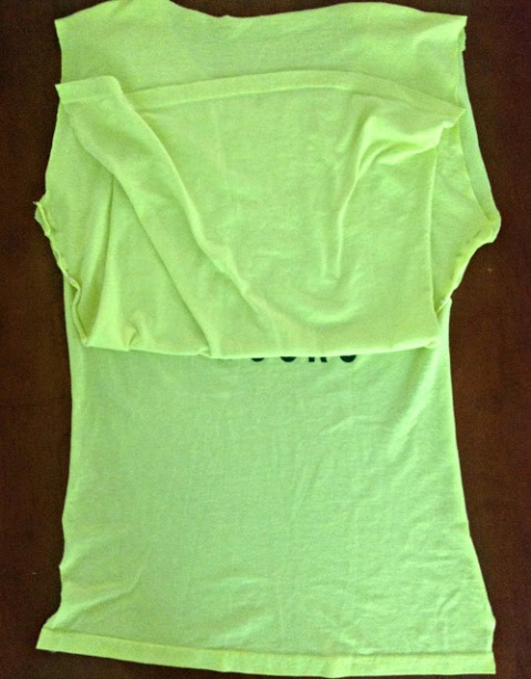 Picture Of Summer DIY Twisted T Shirt 3