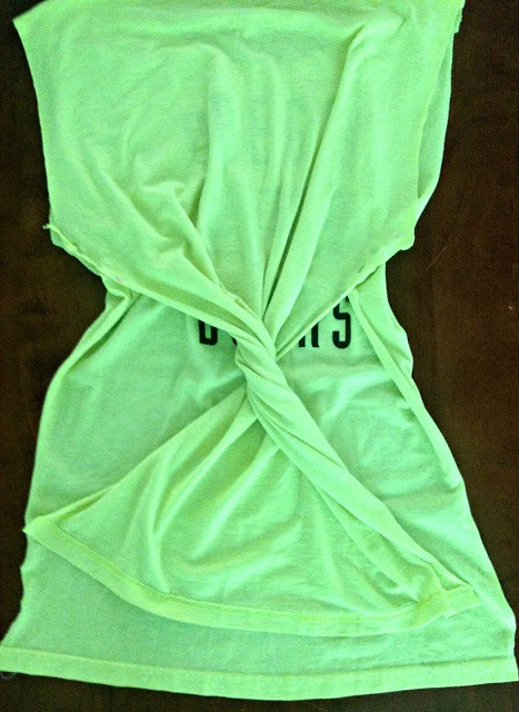 Whimsy DIY Summer Twisted T-Shirt