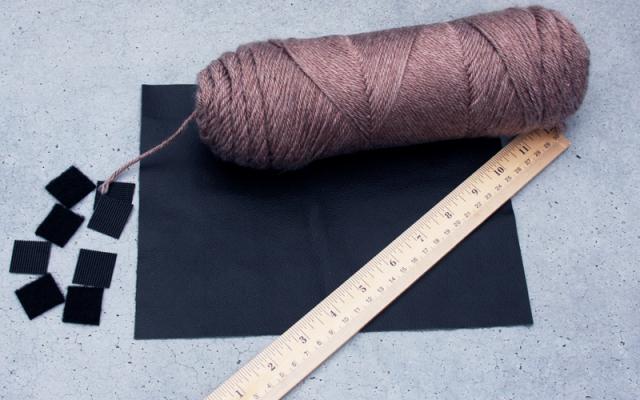 Super Easy DIY No Knit Scarf
