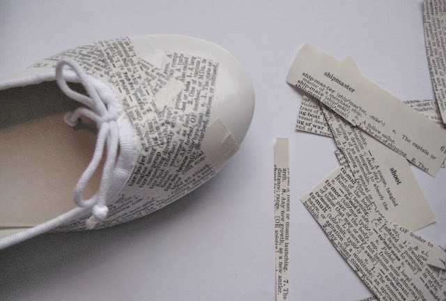 Picture Of Super Original DIY Dictionary Shoes 4