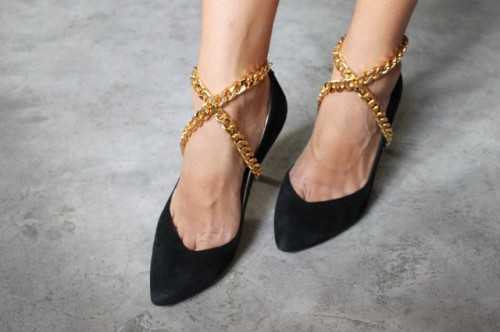 Universal DIY Wrapped Shoe Chain