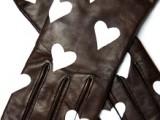 Very Easy DIY Heart-Print Gloves
