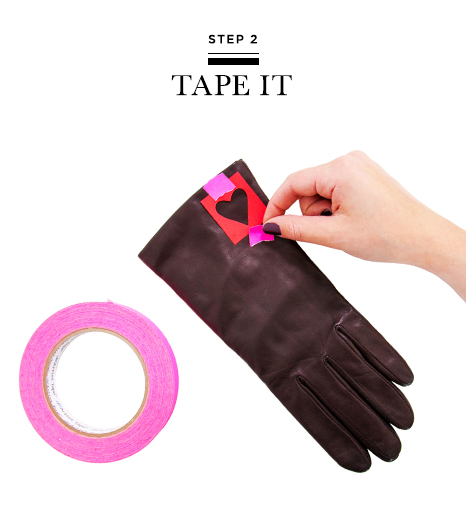 Picture Of Very Easy DIY Heart Print Gloves 4