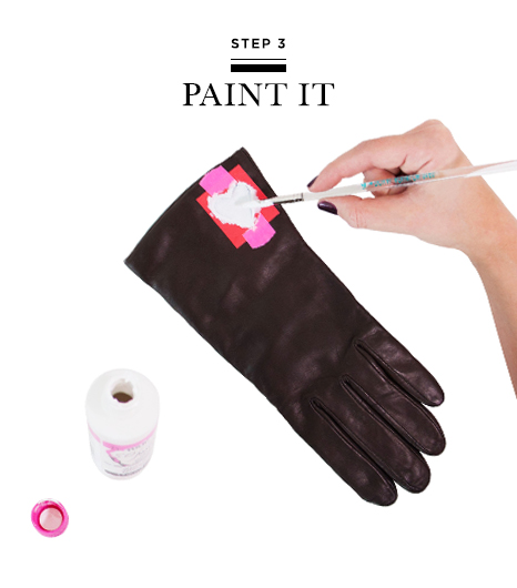 Picture Of Very Easy DIY Heart Print Gloves 6