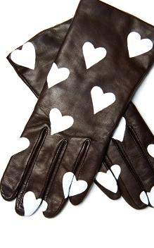 Very Easy DIY Heart Print Gloves