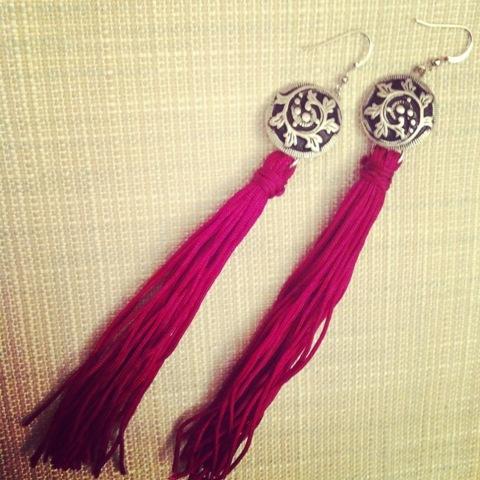 tassel earrings (via styleoholic)
