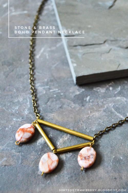 stone and brass necklace (via mintedstrawberry)