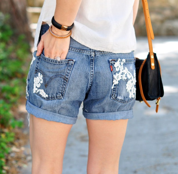 Picture Of adorable diy lace jean shorts design  3