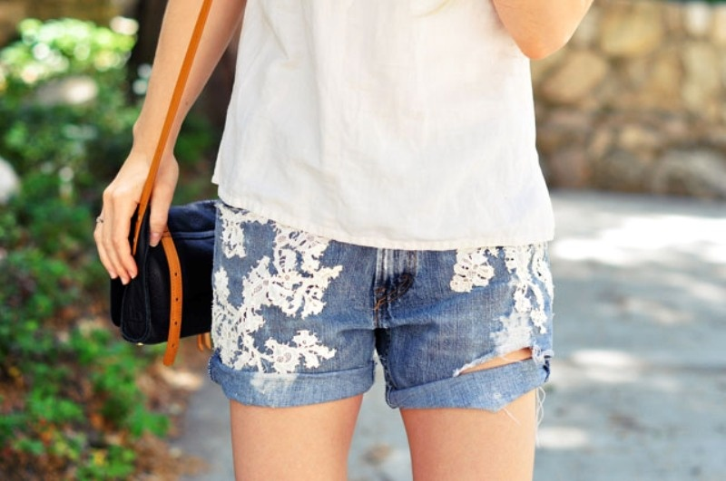 Picture Of adorable diy lace jean shorts design  4