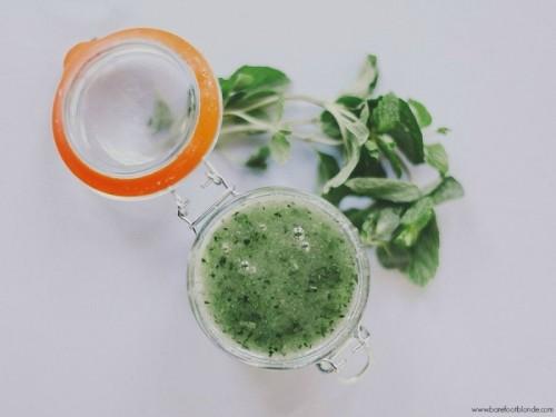cucumber and sugar face scrub (via styleoholic)