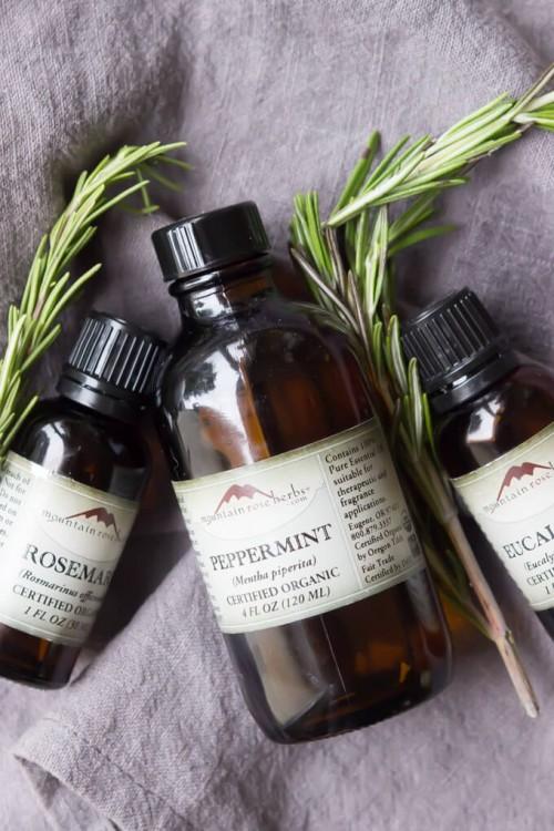 All Natural DIY Vapor Rub With Essential Oils
