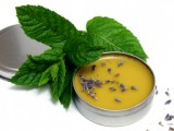 lavender and mint balm with beeswax