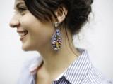 amazing-diy-j-crew-inspired-felt-jewel-earrings-6